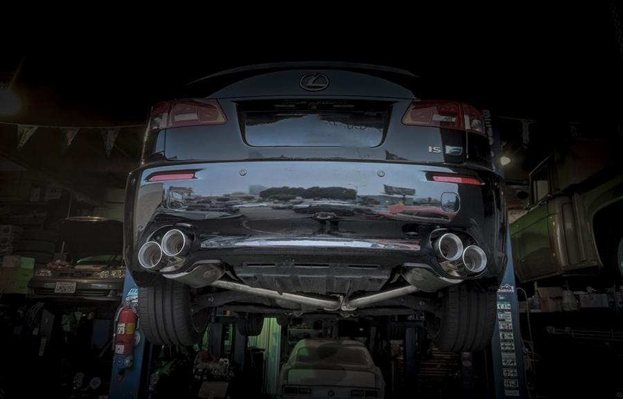 Lexus IS250 установка насадок на глушитель